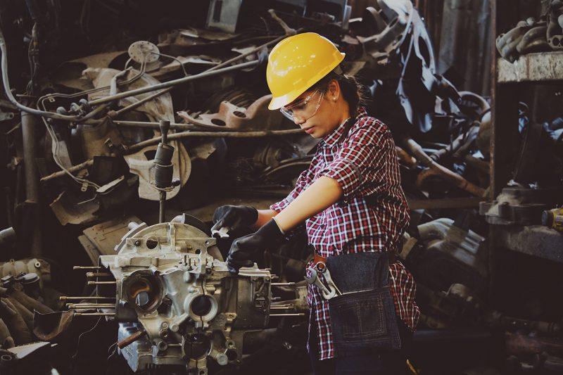 Reduce los gastos de maquinaria